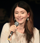 'My Face Is on Your Leg!' and Other Shiny Moments with Jewel Staite